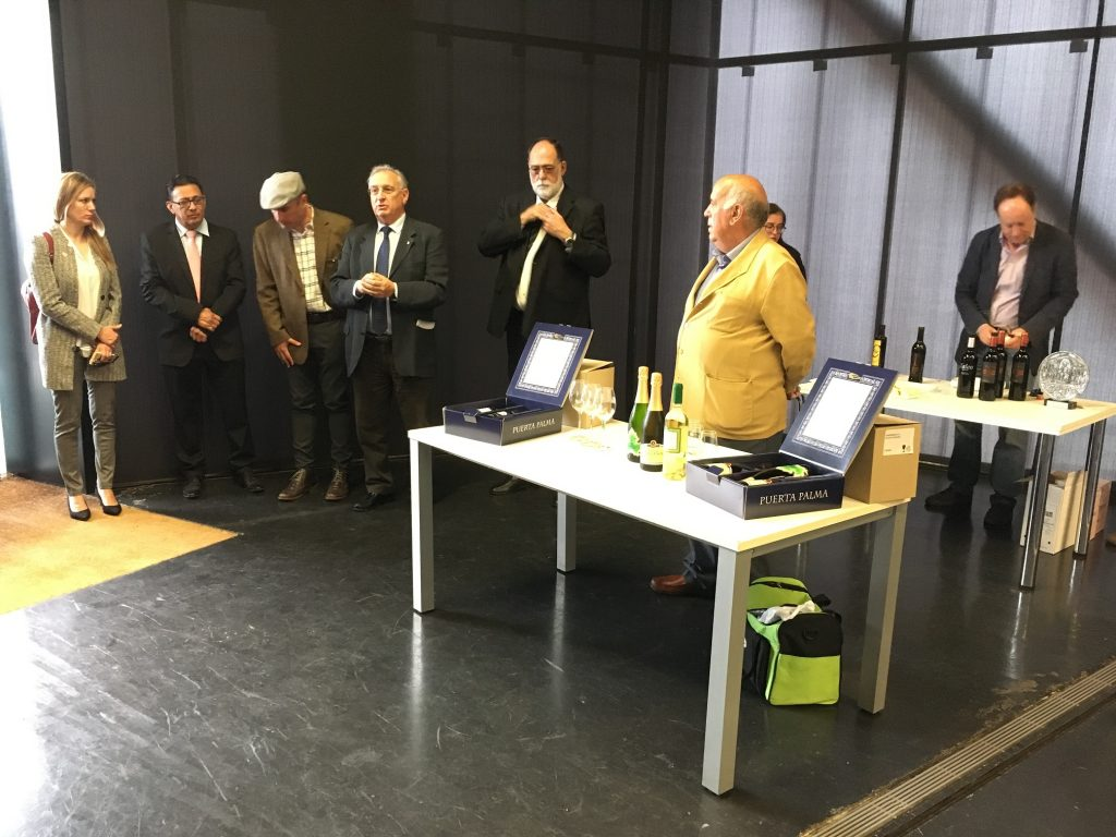 Un momento del encuentro realizado en el Museo de las Ciencias del Vino